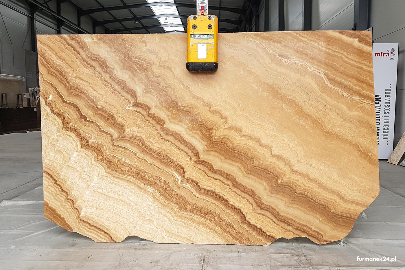 Onyx Wooden